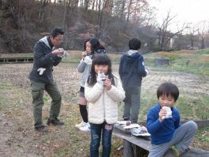 20141130焼き芋を、いただきます♪ (3)