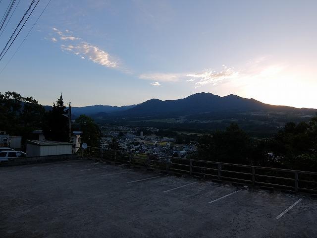 須玉から見た茅ヶ岳S0544102
